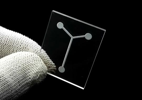 广州石英激光开槽打孔片
